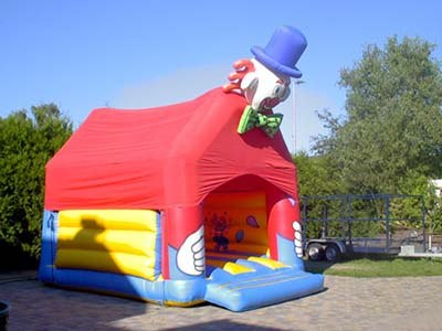 Springkasteel Clown bouncer huren Limburg